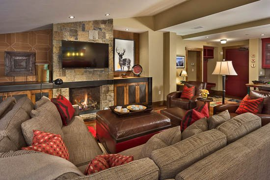 "Living Room  - ""Great Powder"" Specials : Save up to 25% at One Steamboat Place - Twilight Peak - Steamboat Springs - rentals"