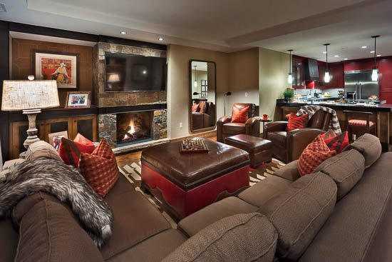 "Living Room - ""Great Powder"" Specials : Save up to 25% at One Steamboat Place Maroon Mountain - Steamboat Springs - rentals"