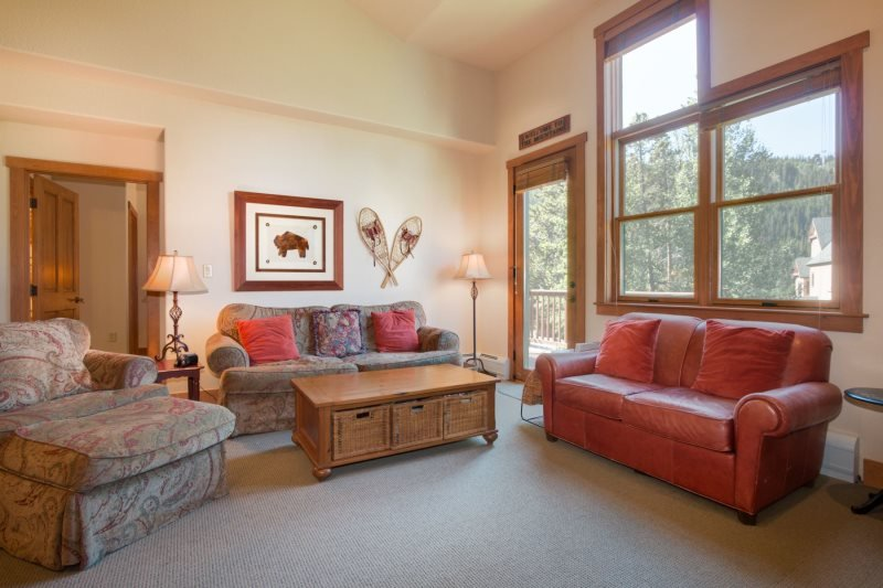 Red Hawk Townhome 2337 - Spacious, three level property with washer/dryer, walk to slopes! - Image 1 - Keystone - rentals