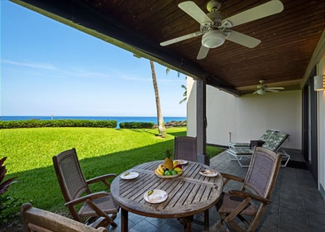Groundfloor, Direct Oceanfront Living, Beautiful Lanai!  - KKSR2103 DIRECT OCEANFRONT, Ground Floor, Wifi! - Kailua-Kona - rentals