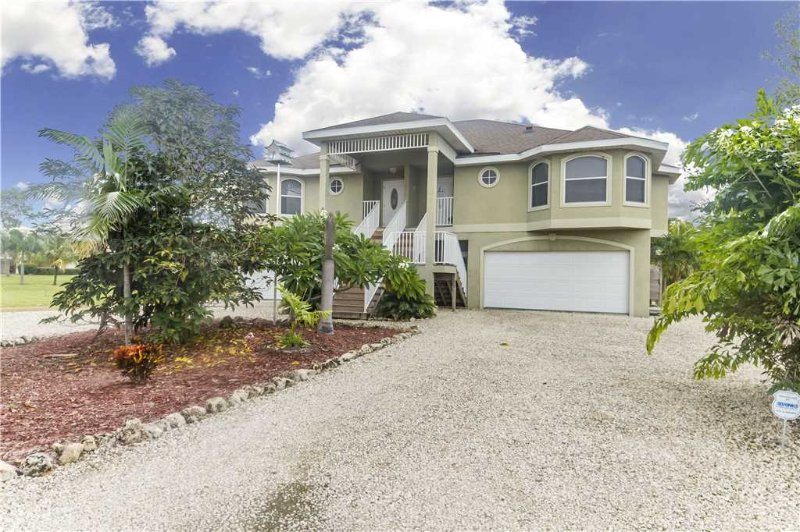 Paradise Palms West #1, 4 Bedrooms, Elevator, Pet Friendly, Sleeps 8 - Image 1 - Fort Myers Beach - rentals