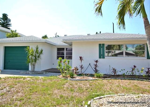 198 Hibiscus Street - Image 1 - Fort Myers Beach - rentals