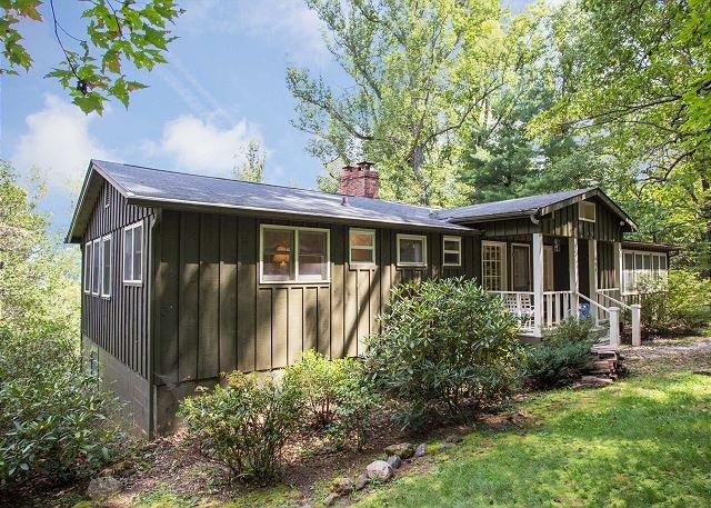 Cottage Way Over Yonder - Image 1 - Montreat - rentals