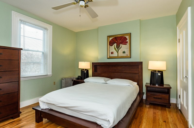 Furnished Apartment near Harvard Square Cambridge - Image 1 - Cambridge - rentals
