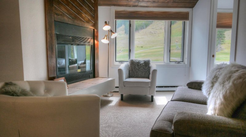 "SkyRun Property - ""FP304 Foxpine Inn"" - Fireplace Sitting Area - Watch skiers come down mountain while sitting by the fire - FP304 Foxpine Inn - Copper Mountain - rentals"