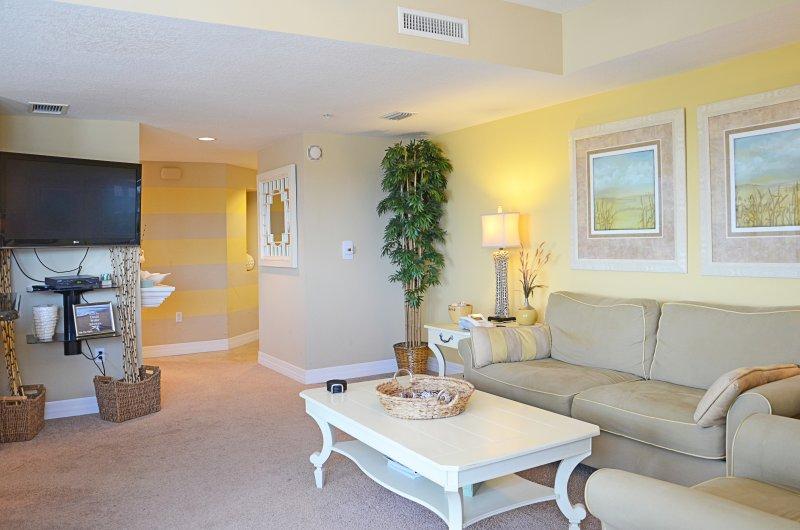 Condo $pecial - Opus #301 - 3b/2b - Image 1 - Daytona Beach - rentals