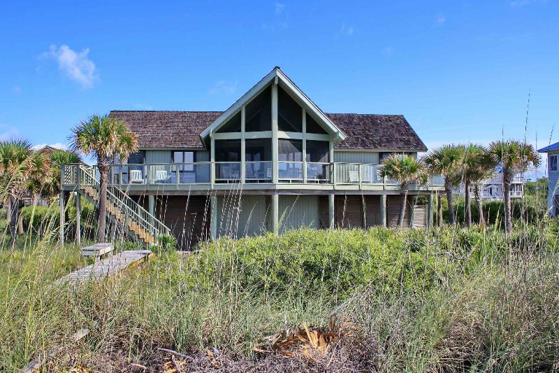 Our Rogue Pirogue - Image 1 - Saint George Island - rentals