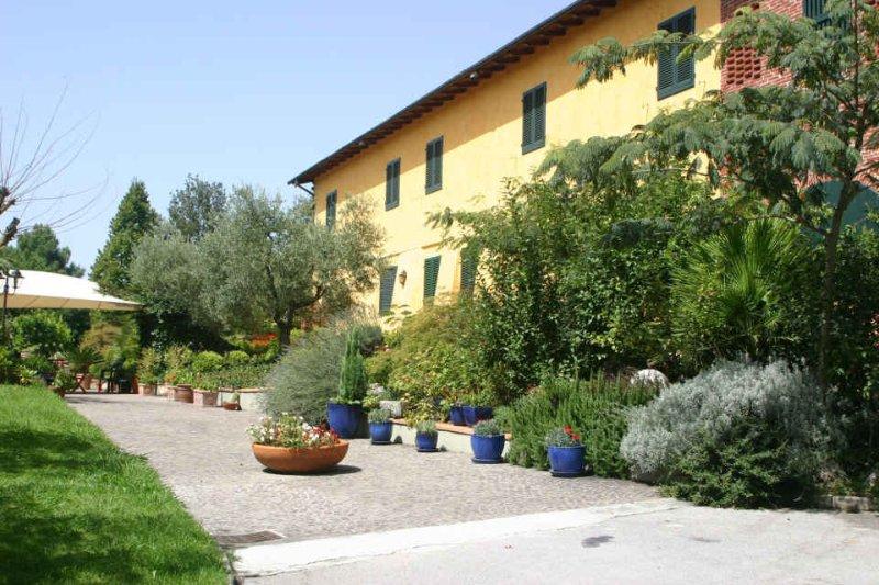 Casa Luciana - Image 1 - Pescia - rentals