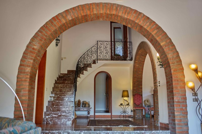 Family-Friendly Villa in Sicily with Pool and Walking Distance to a Village - Image 1 - Trappitello - rentals