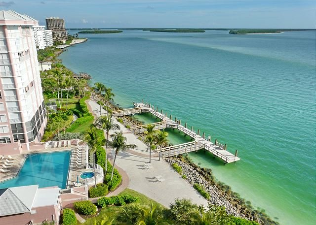 Top floor beachfront condo with stunning ocean views, heated pool and hot tub - Image 1 - Marco Island - rentals