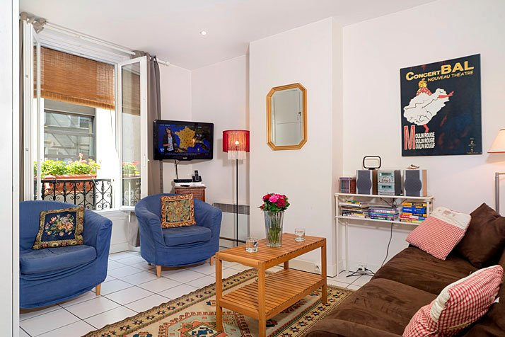 Sleeps up to 4 - Walk to the Tower and rue Cler just around the corner! - Eiffel Tower 1 Bedroom Hideaway in Paris - Paris - rentals