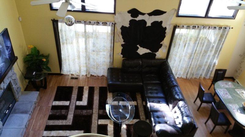 Sunny, Cozy, Big, 2500 SQ.FT. Gated Community - Image 1 - Bushkill - rentals