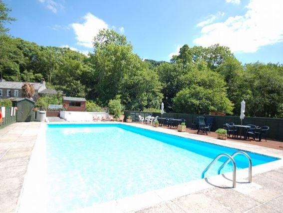 Shared on-site swimming pool - MARNI - Landrake - rentals