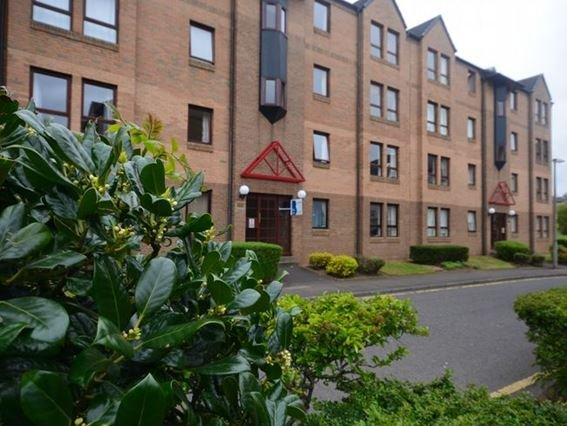 View towards the property at the end of the block - FCH10403 - Burnmouth - rentals