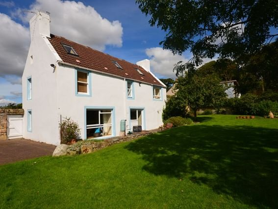Rear view from garden - FF229 - Cairneyhill - rentals