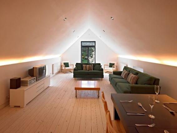 Lounge/dining area - PE577 - Perth - rentals
