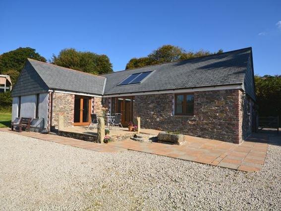 View towards the property - MBARN - Linkinhorne - rentals