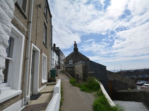 View towards the property - MEVAC - Cornwall - rentals