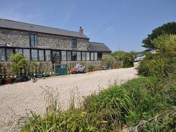 View towards the cottage - MMHOU - Brane - rentals