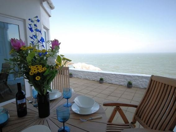 The patio area with seating with fantastic sea views - OCEAN - Ilfracombe - rentals