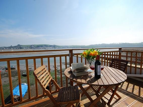 View from balcony with seating looking across to Instow - OLDB2 - Appledore - rentals