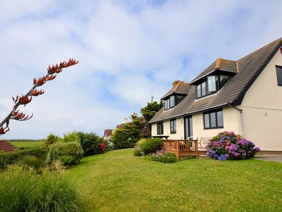 View of the property, walking distance from the beach - PENMO - Bude - rentals