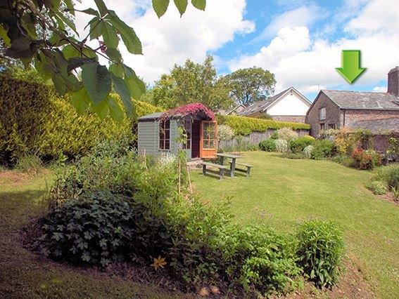 View towards the property - FCH1391 - Devon - rentals