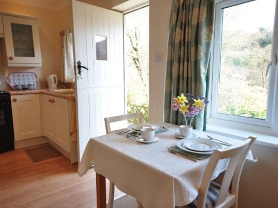 Dining area overlooking the countryside - MORNI - North Devon - rentals