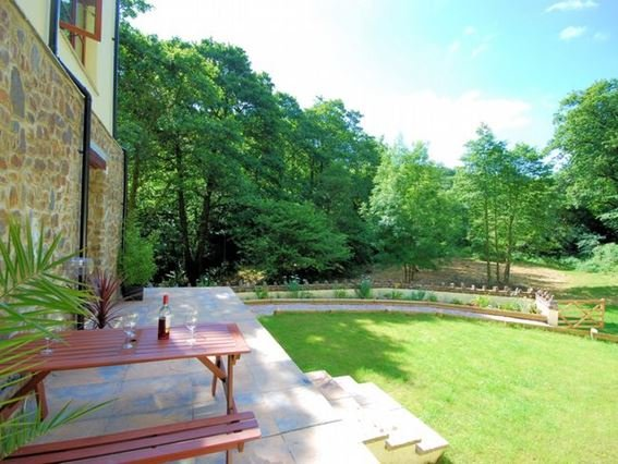 View of the enclosed garden - FCH1477 - Barbrook - rentals