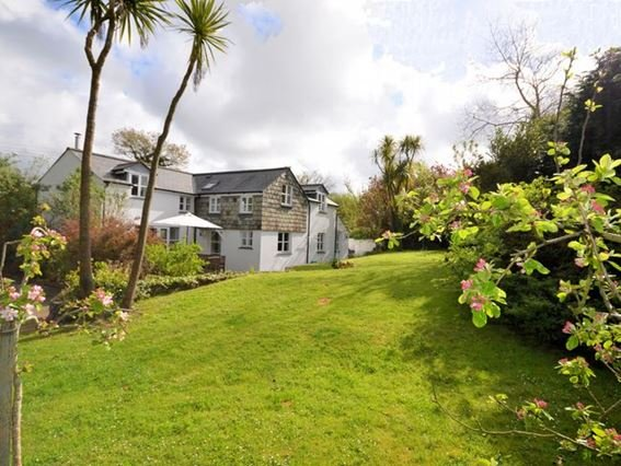 View towards the property from the garden  - RMAYN - Tredrizzick - rentals