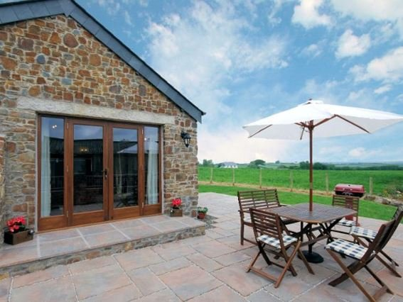 French doors leading from lounge onto enclosed rear patio  - SOUTN - Week St. Mary - rentals