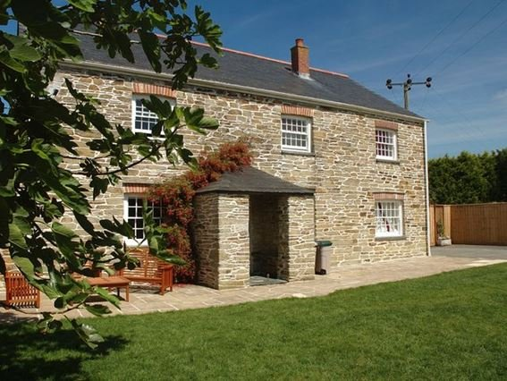 View of the property and enclosed garden - TBART - Cornwall - rentals