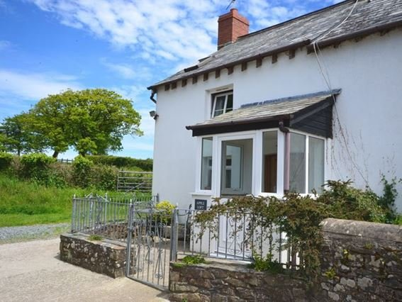 View towards the property - ALOFT - Devon - rentals