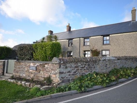 View towards the house - TRENA - Cornwall - rentals