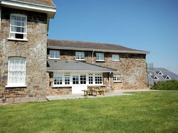 View towards the cottage - WAIEC - Devon - rentals