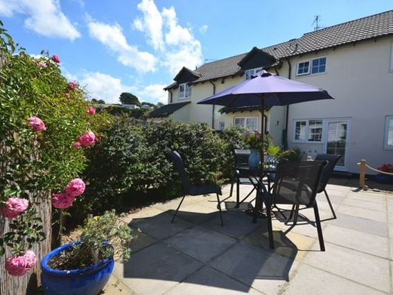 View towards the property from garden - INSRO - Instow - rentals