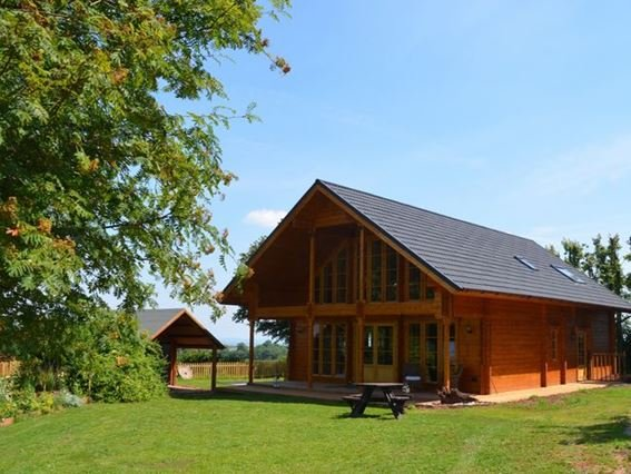 Luxurious Finnish lodge with hot tub and sea glimpses - FCH26816 - Somerset - rentals