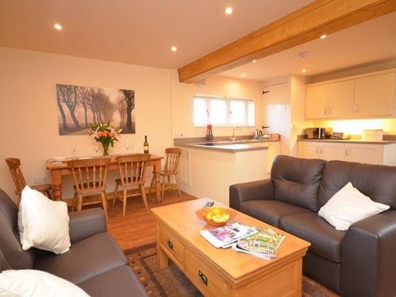 Open-plan lounge/kitchen/diner - 27112 - Ebberston - rentals