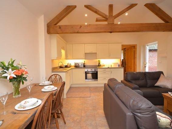 Open-plan lounge/kitchen/diner - 27113 - Ebberston - rentals