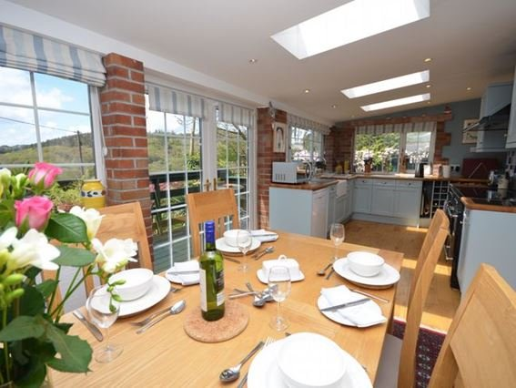 Kitchen area  - THGRA - Tywardreath - rentals