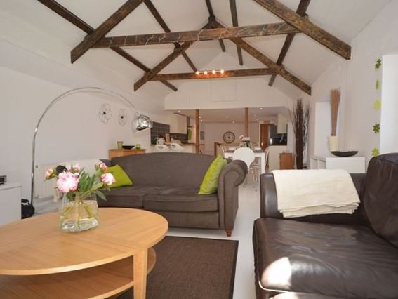 Lounge area - MODBA - Modbury - rentals