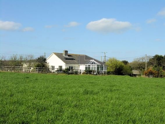 View towards the property  - APPLE - Cornwall - rentals