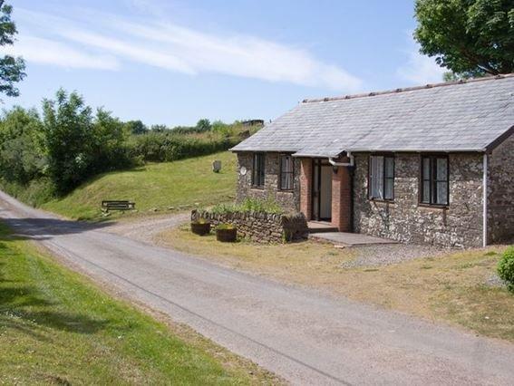 View towards the property - LBARD - Dulverton - rentals