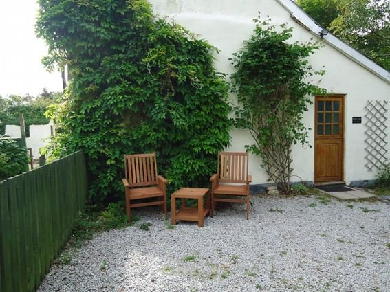 Outside seating area - PITSL - Cornwall - rentals