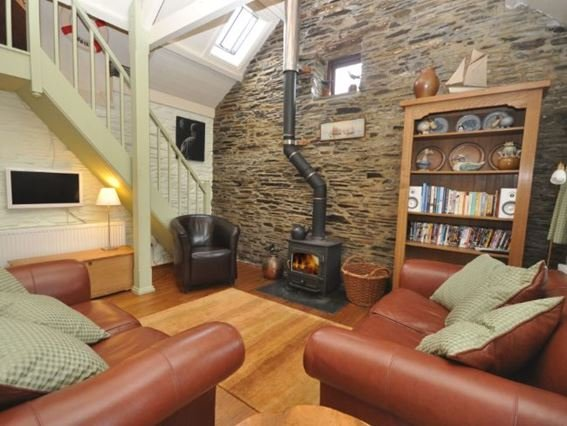 Cosy living area with woodburner  - THELI - Cornwall - rentals