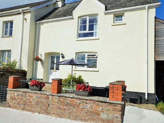 View towards property - DARTC - Devon - rentals