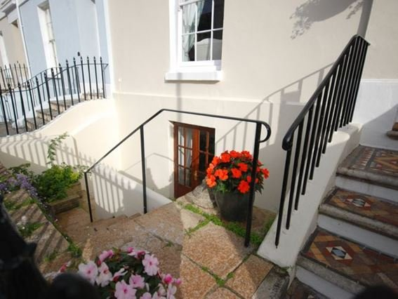 Basement Apartment - FCH4890 - Plymouth - rentals