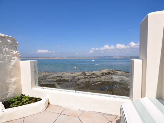 Enclosed patio area with sea views - PADDL - Appledore - rentals