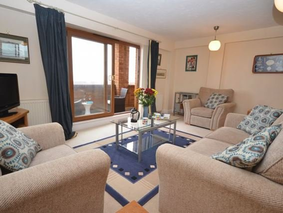 Lounge/diner with doors leading to the sea view balcony - OCE16 - Westward Ho - rentals
