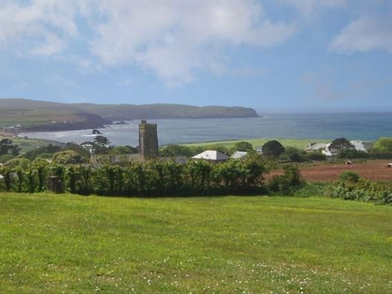 View of Thurlestone beach taken from nearby the property - EDELV - Thurlestone - rentals